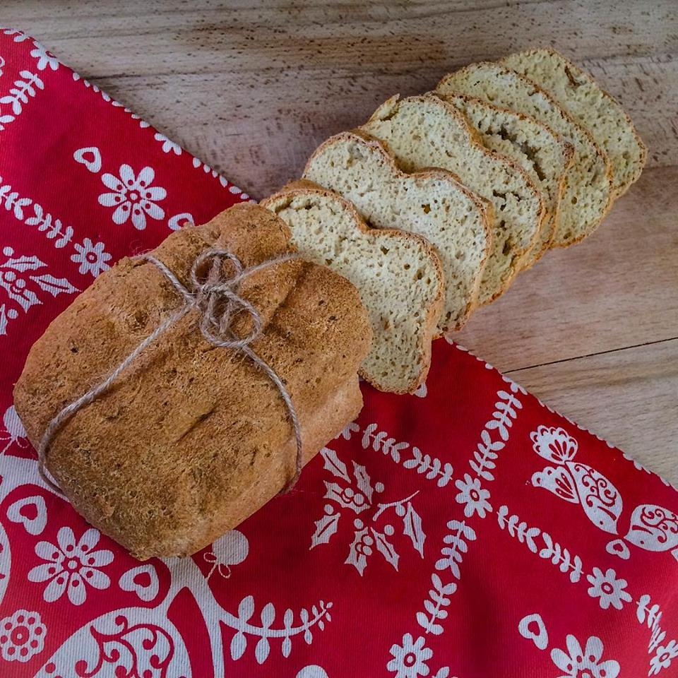 Light paleo gluténmentes kenyér