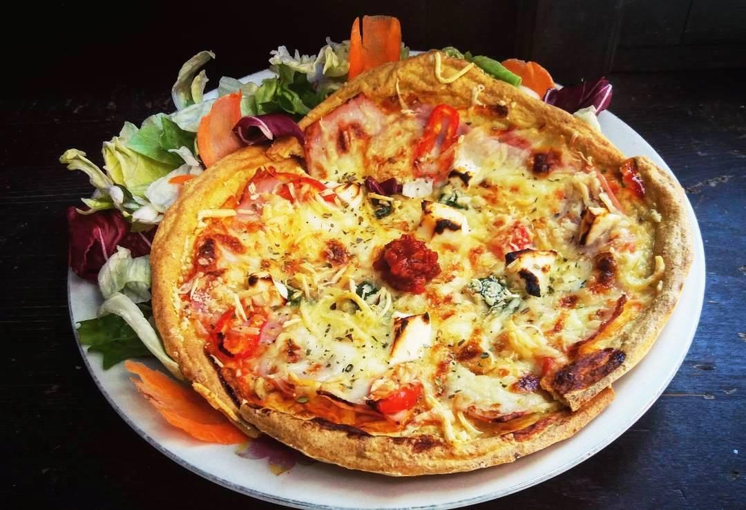 Szafi Fitt szénhidrátcsökkentett paleo pizza