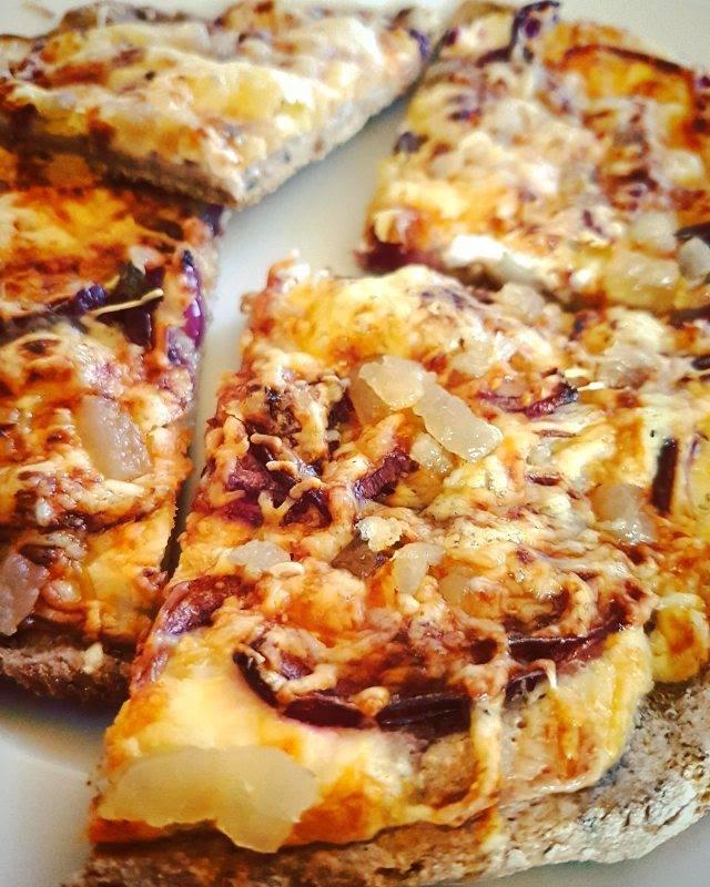Gluténmentes magyaros pizza