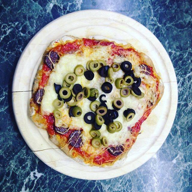 Tejmentes, élesztőmentes pizza