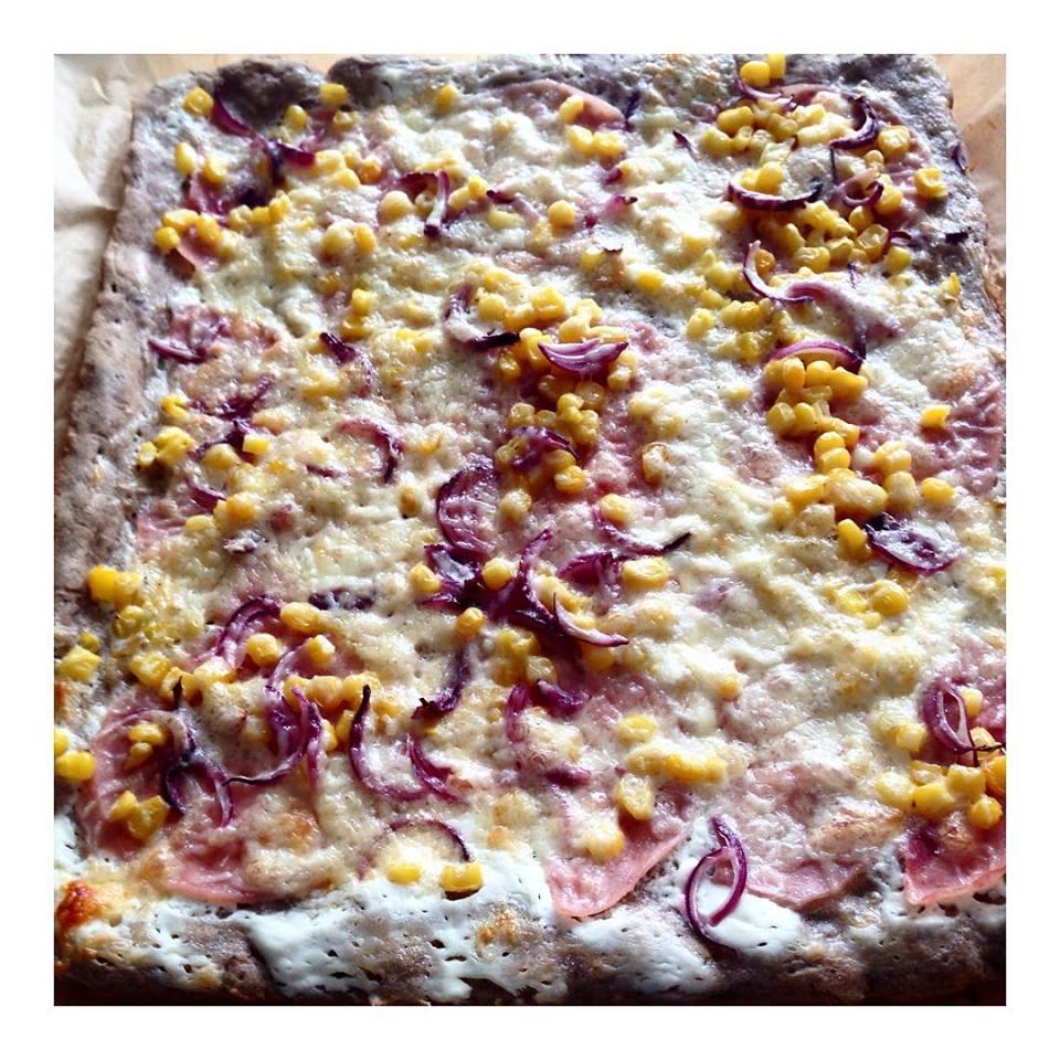 Tejmentes, élesztőmentes, gluténmentes pizza
