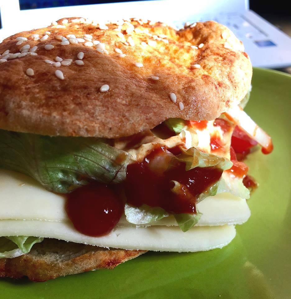 Gluténmentes vegán hamburger