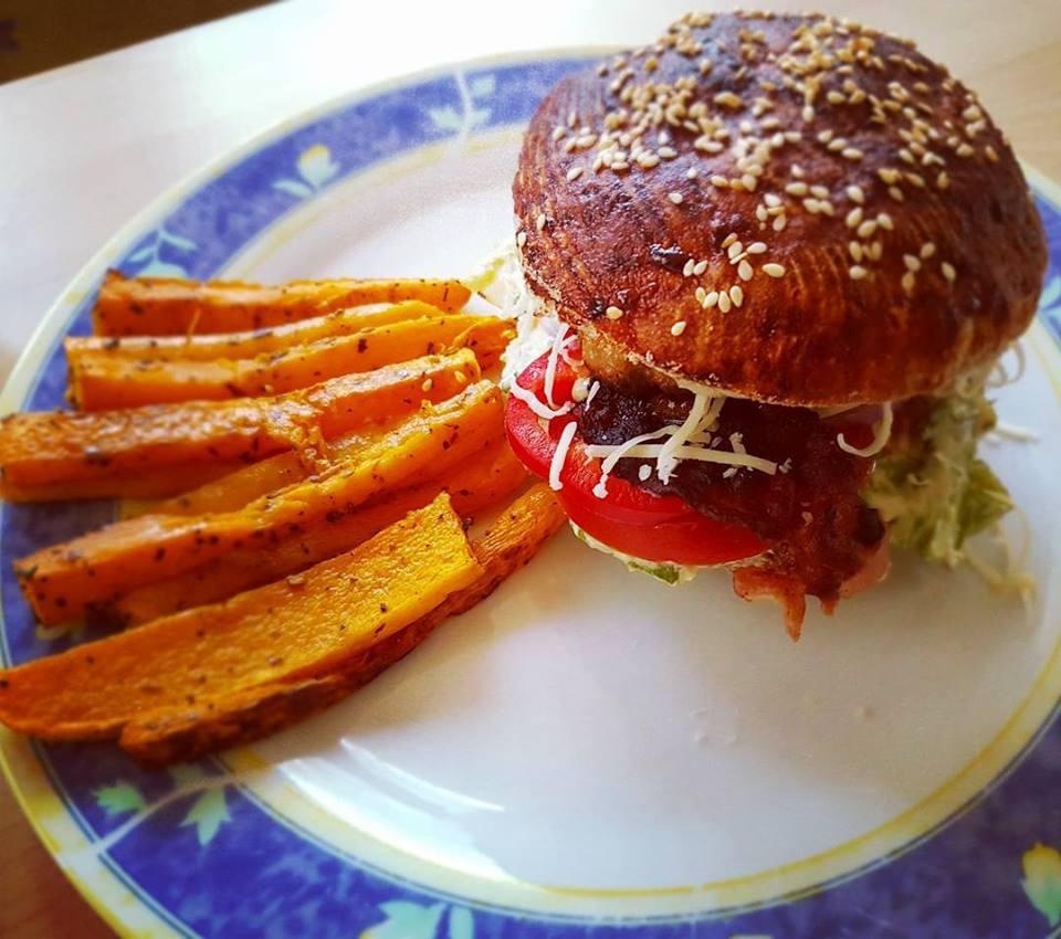 Szafi Free gluténmentes hamburger és sült batata