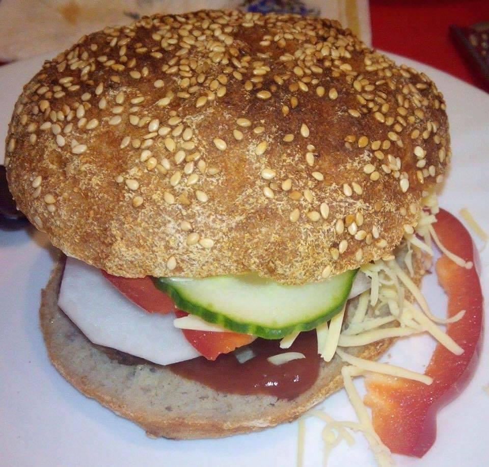 Szafi Free gluténmentes, zsírszegény hamburger zsemle
