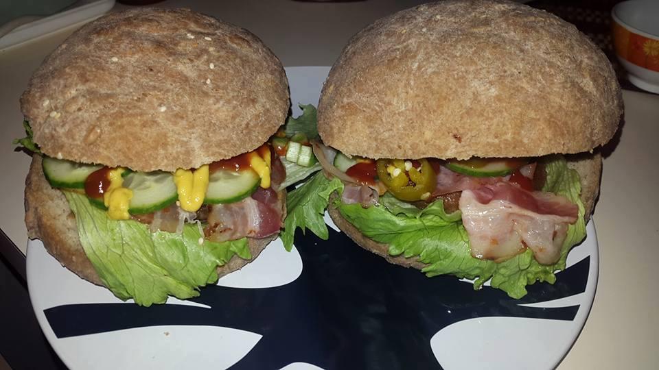 Szafi Free élesztőmentes, tejmentes hamburger buci